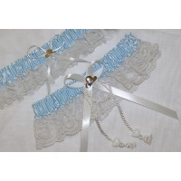 Hats Off Garter Set